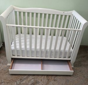 Baby crib or toddler bed for Sale in Worcester, MA