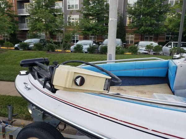 Bayliner boat whit trailer