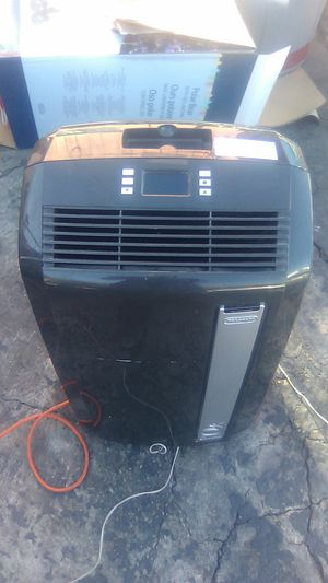 Air conditioner and heater unit for Sale in Las Vegas, NV
