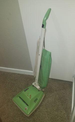 Vintage Hoover vacuum for Sale in Wichita, KS