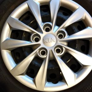Like New wheels and tires for Sale in Washburn, IL