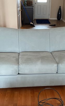 Sleeper Couch For Sale Sorry Folks I Have Found This Is Not A Sleeper Couch The Inside Straps Were Not For A Pullout However Still 300 for Sale in Livonia,  MI