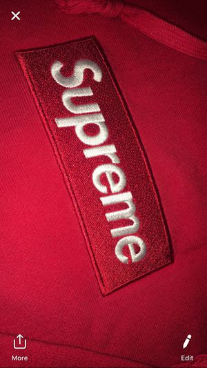 Supreme box logo sz large cash only steal for Sale in Saint Clair Shores, MI