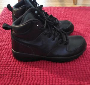 Nike boots for Sale in Columbus, OH