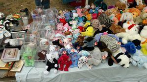 Ty beanie babies all 20 years old or more for Sale in Portland, OR