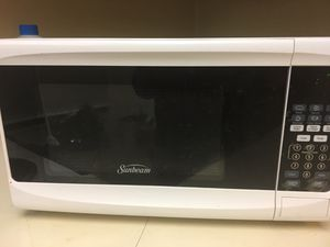Almost new Microwave for Sale in Wichita, KS