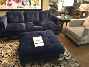 Parker sofa ottoman and 2 accent chairs for Sale in Detroit, MI