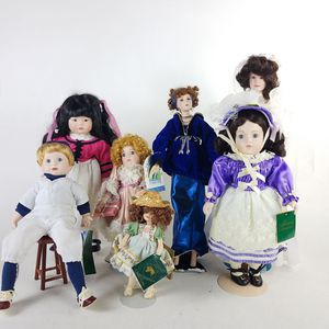 6 Adorable Collectible Dolls (1022510) for Sale in South San Francisco, CA