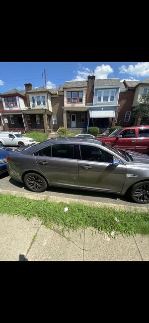 2013 Ford Taurus for Sale in Philadelphia, PA