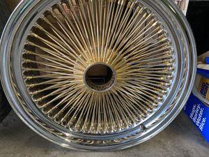 20 inch gold center spokes, only have 2 rims though for Sale in Stockton, CA