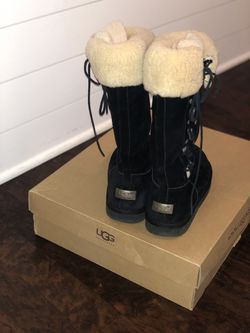 Ugg boots size 10 for Sale in Franklin,  TN