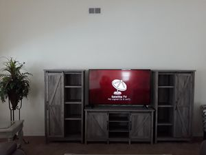 TV wall unit for Sale in Pensacola, FL