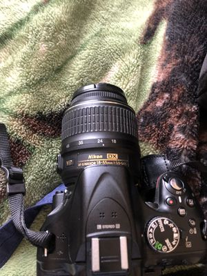 Nikon D5200 with DX Vr lenses for Sale in Antioch, CA