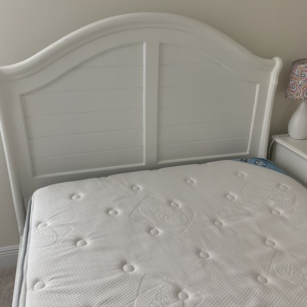 FULL SIZE BED FRAME AND MATCHING SIDE TABLE