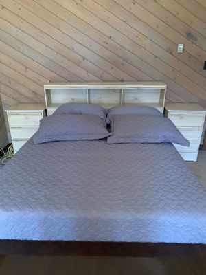 Bedroom set for Sale in Morrison, CO