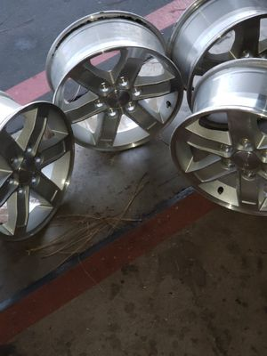 Silverado rims size 17 for Sale in Tustin, CA
