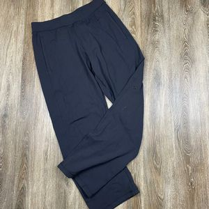 Lululemon lounge pants* Men's Medium for Sale in Sagle, ID