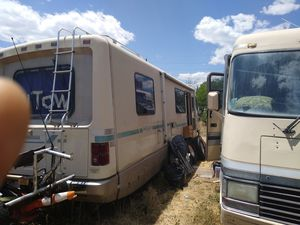1989 Winnebago Chieftain 34' RV.. Doesn't Run!;;; for Sale in Denver, CO