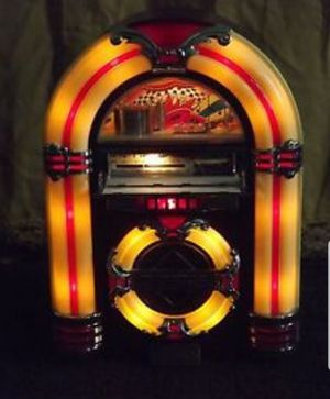 Thomas Collector's Edition Jukebox AM/FM Radio, Cassette CR11 for Sale in Washington, DC