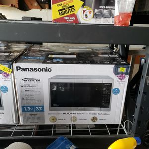 Panasonic 1.3 cu ft for Sale in San Diego, CA