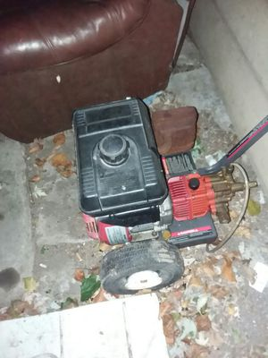 Honda pressure washer for Sale in Maple Heights, OH