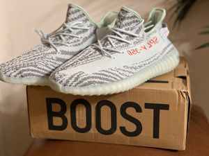 Yeezy Boost 350 v2 Blue Tint for Sale in Columbia, SC
