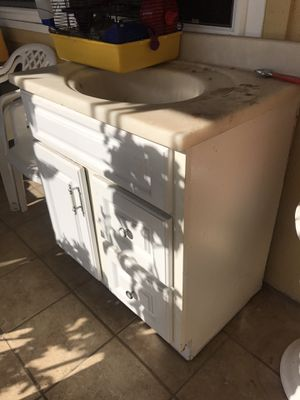 Microwave, Sink, Stove for Sale in San Diego, CA