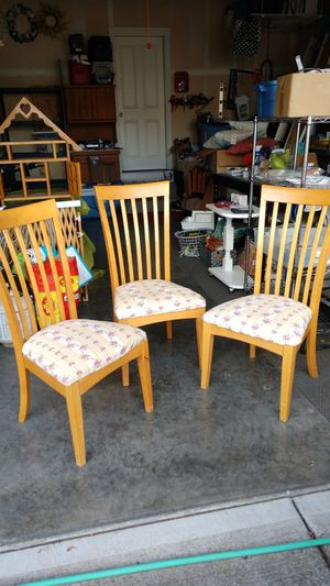 Dining room chairs for Sale in Vancouver, WA