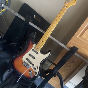 Spectrum Strat Type Sunburst for Sale in Aurora, IL