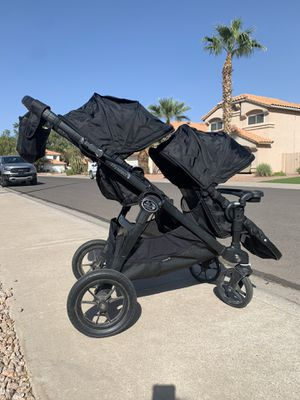 Black City Select double stroller for Sale in Chandler, AZ