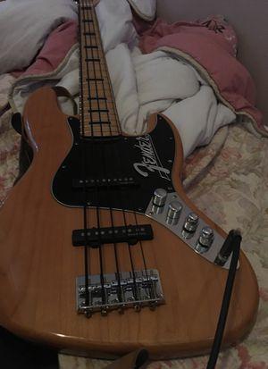 Fender Squier bass for Sale in Hyattsville, MD