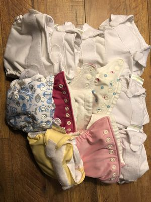 11 newborn cloth diapers for Sale in Seattle, WA