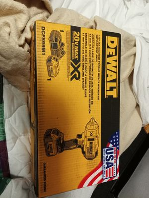 "DeWalt 1/2"" impact wrench high torque w/ 1 battery & charger for Sale in Denver, CO"