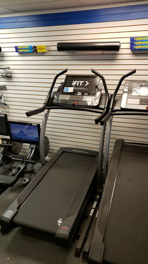 2019 Nordictrack commercial x22i incline trainer treadmill for Sale in Glendale, AZ