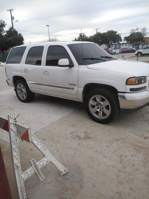 2000 GMC Yukon for parts only for Sale in Carrollton, TX