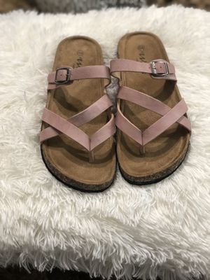 Chanclas size 7.5/8 color rosa for Sale in Houston, TX
