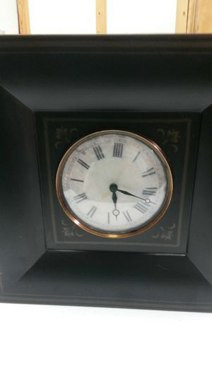 Southern Living at Home Decorative clock for Sale in Norfolk, VA