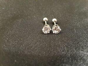 100% Silver .69ct 4mm Diamond LC Studs for Sale in Oak Lawn, IL