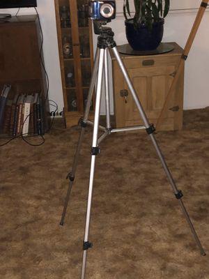 Kodak digital camera w/ tall Sampsonite tripod for Sale in Bakersfield, CA