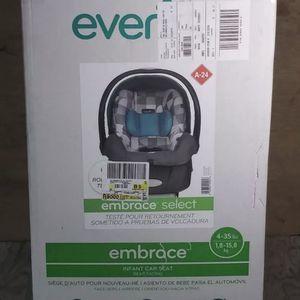Evenflo Embrace Infant Car Seat, Gavin Grid for Sale in Delran, NJ