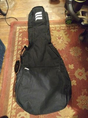 NewTLK Guitar case 3/4 traditional size for Sale in Lawrenceville, GA