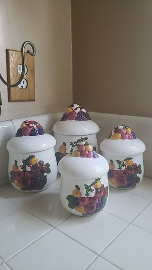 4 Kitchen Ceramic Canisters. for Sale in Los Angeles, CA