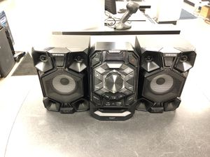 Samsung stereo system (mx-j630) for Sale in Chicago, IL