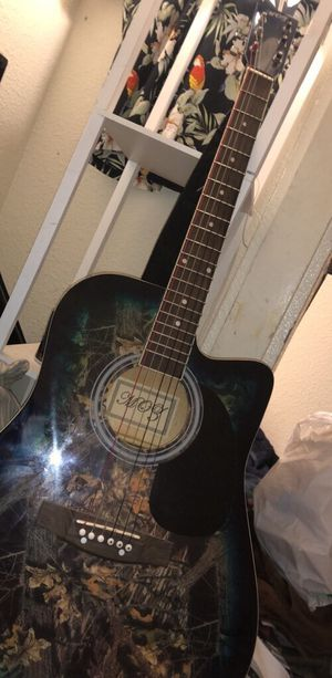 Acoustic electric guitar for Sale in Hayward, CA