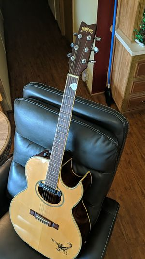 Washburn Acoustic Electric guitar for Sale in Tavares, FL