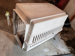 Small dog kennel for Sale in Covington, KY
