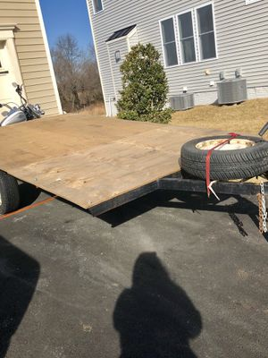 Flatbed Trailer - new tires, new jack stand and new brake light assembly w/spare tire for Sale in Stone Ridge, VA