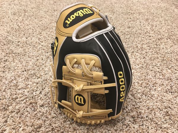 "Wilson A2000 11.5"" Baseball Glove New"