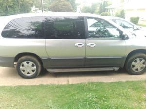 Clean title 2000 Dodge Grand caravan LE need gone today $700 for Sale in Lithonia, GA