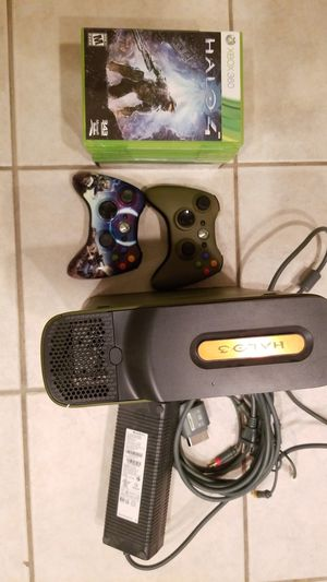 Xbox 360 + 9 games for Sale in Houston, TX